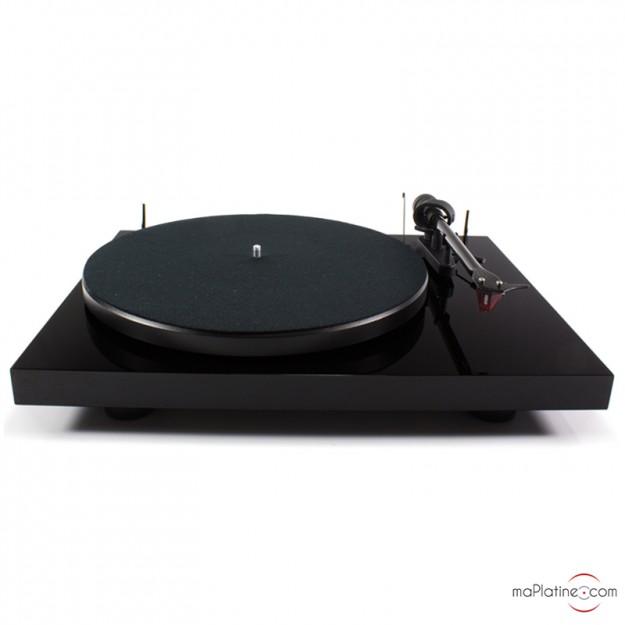 Platine vinyle d'occasion Pro-Ject Debut Carbon 2M Red Spéciale Edition