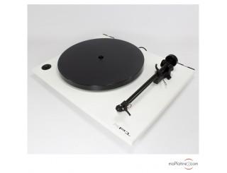 Platine vinyle manuelle REGA RP1