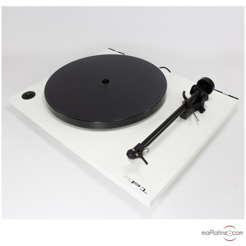 platine vinyle manuelle rega rp1. Black Bedroom Furniture Sets. Home Design Ideas