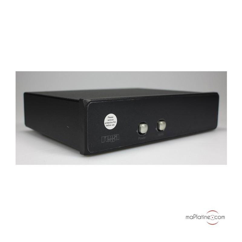 platine vinyle manuelle rega rp8. Black Bedroom Furniture Sets. Home Design Ideas