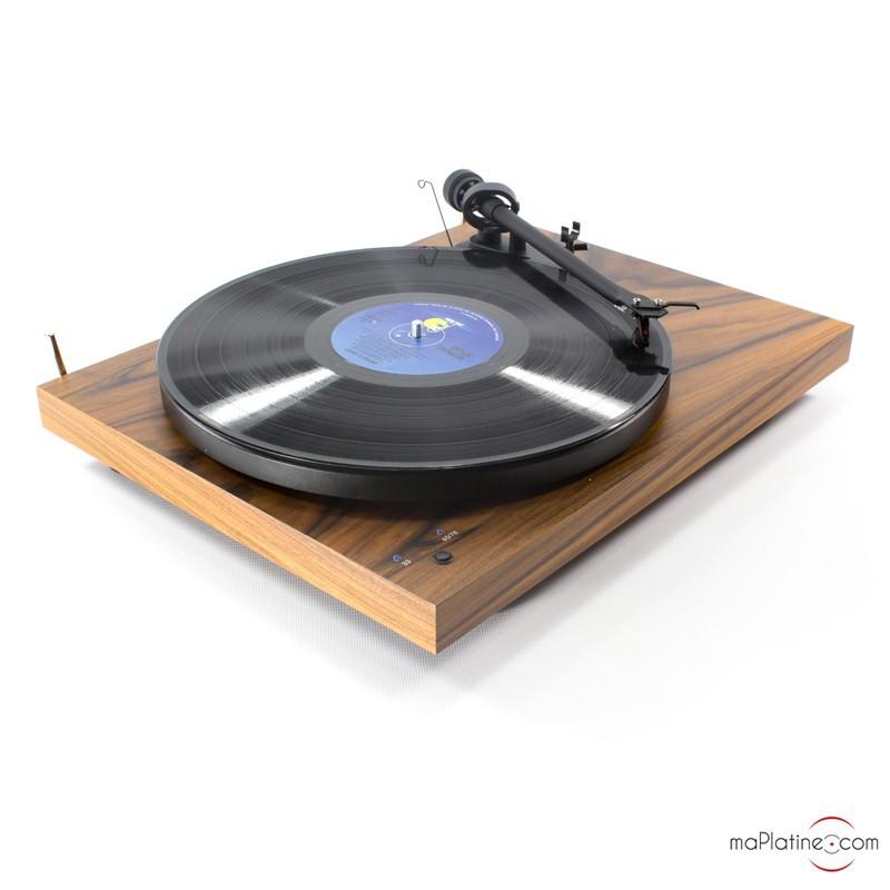 platine vinyle d 39 occasion pro ject debut iii record master. Black Bedroom Furniture Sets. Home Design Ideas