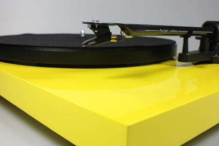 Platine vinyle Pro-Ject Debut Carbon