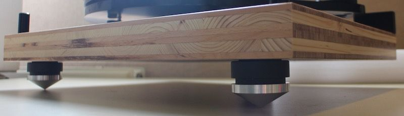 Customized Pro-Ject 6-Perspex SB turntable - repulsive magnets