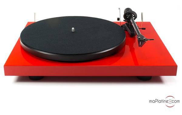 Platine vinyle Pro-Ject Debut Carbon 2M Red SE - rouge
