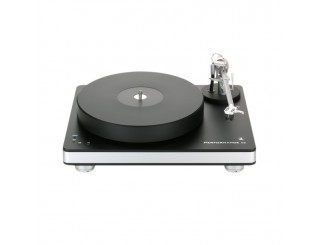 Clearaudio Performance DC vinyl turntable