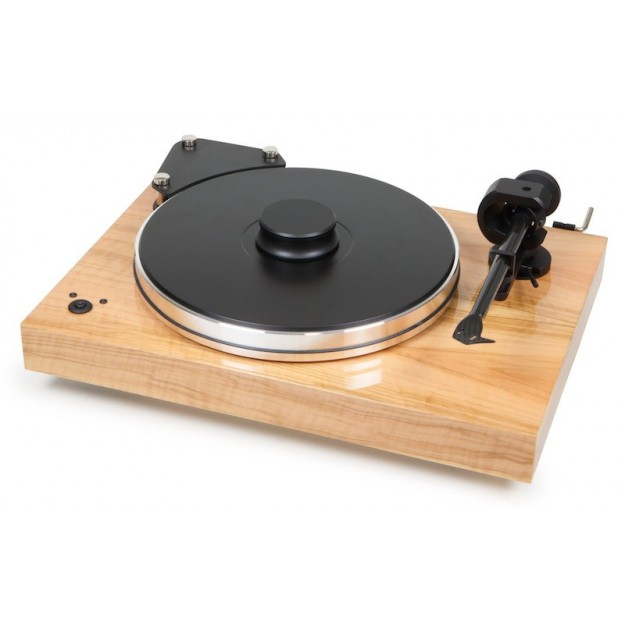 The Pro-Ject X-Tension 9CC Evolution vinyl turntable