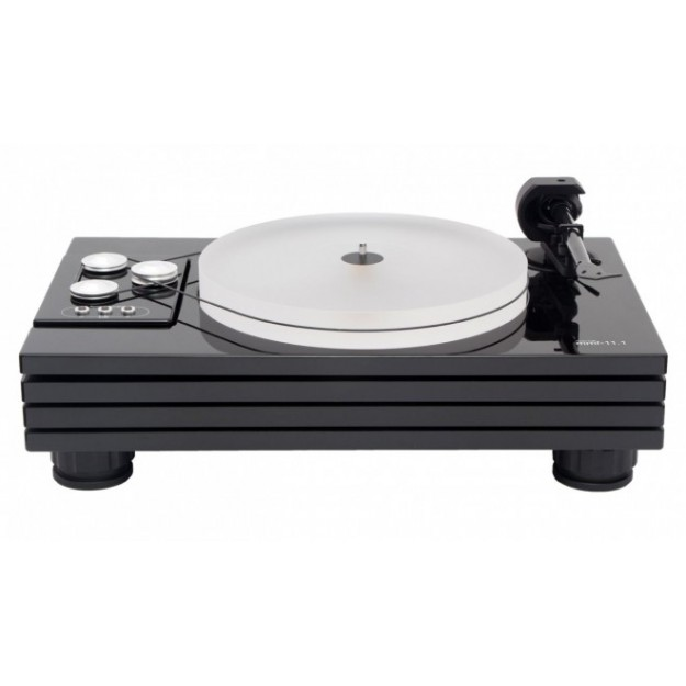 Music Hall MMF-11.1 vinyl turntable