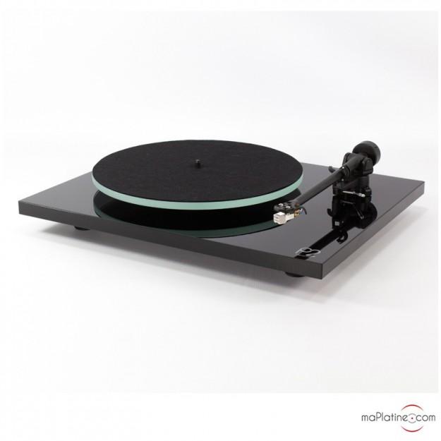 Platine vinyle REGA Planar 2