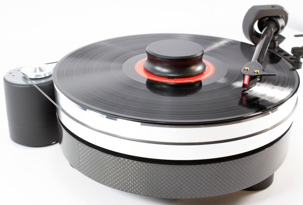 Pro-Ject RPM 9 Carbon with Cadenza red cartridge