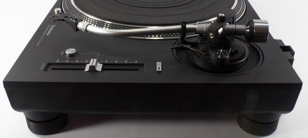 Technics SL 1200 / 1210 GR - Tonearm