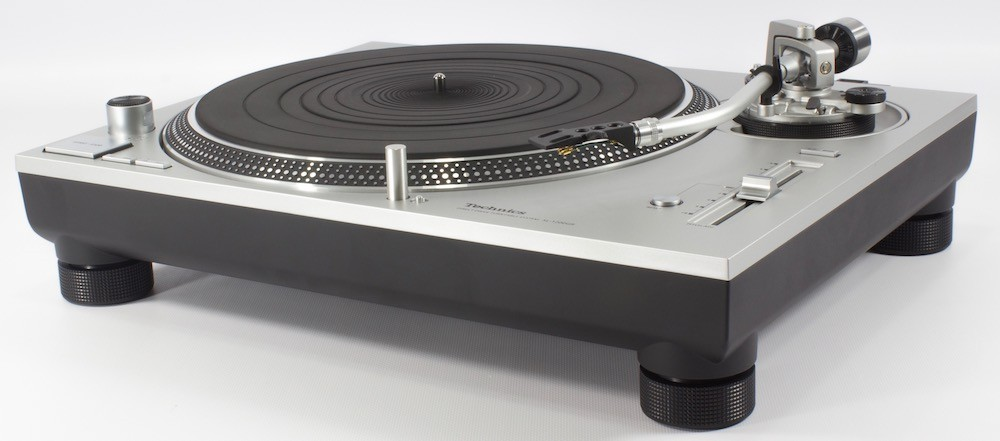 Technics SL 1200 / 1210 GR - Base and platter