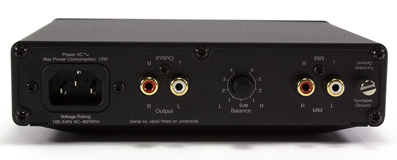Cambridge Audio Solo - Back panel