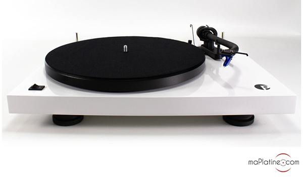 Pro-Ject Debut III S Audiophile turntable