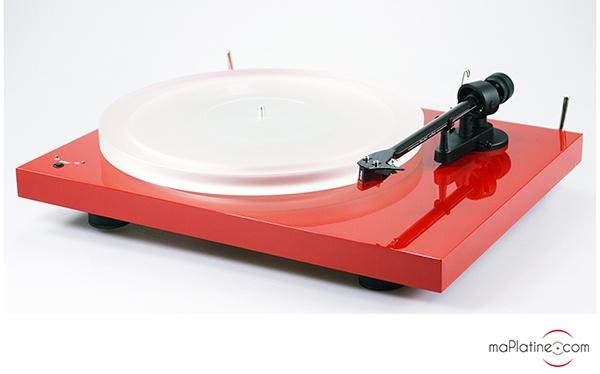 Pro-Ject Debut Carbon Esprit SB DC vinyl turntable