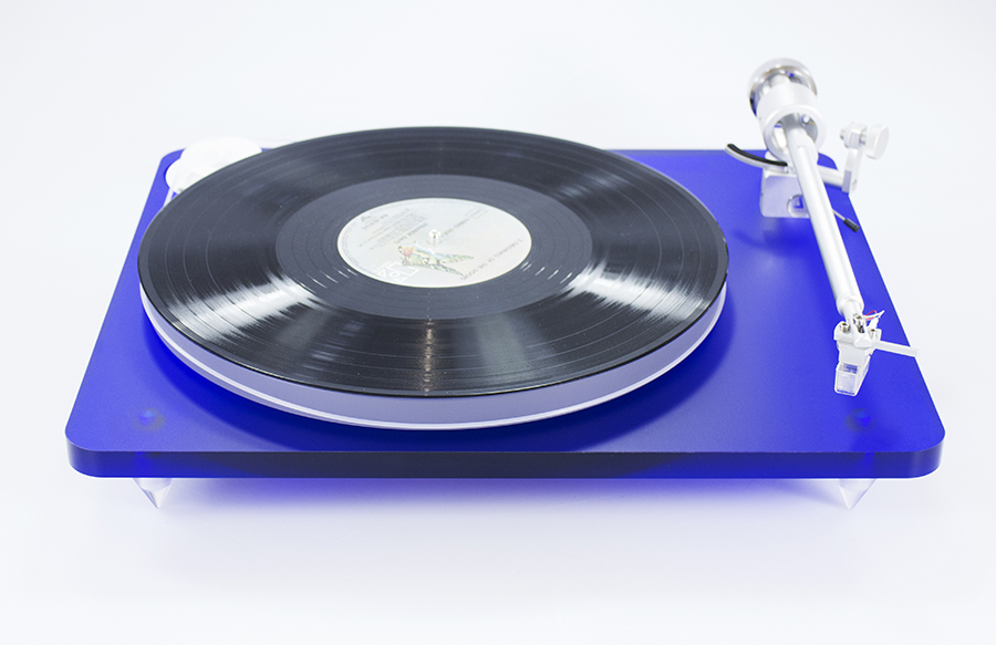 Clearaudio Bluemotion turntable