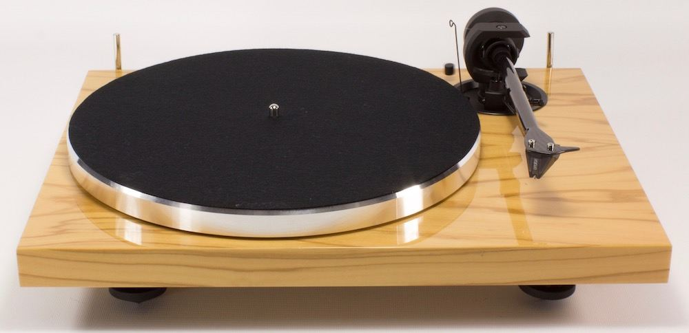 Pro-Ject 1 Xpression Carbon Classic Socle et finition