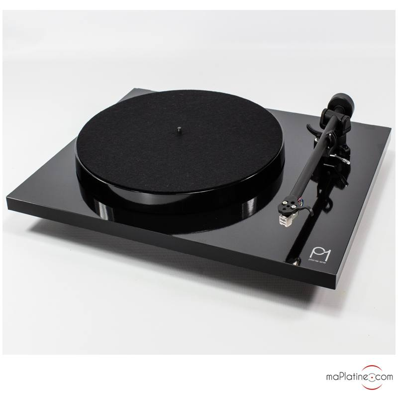 Rega Planar 1turntable