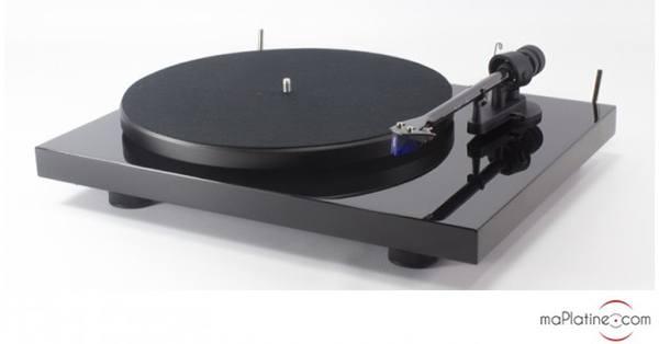 Platine vinyle Pro-Ject debut Carbon 2M Blue SE