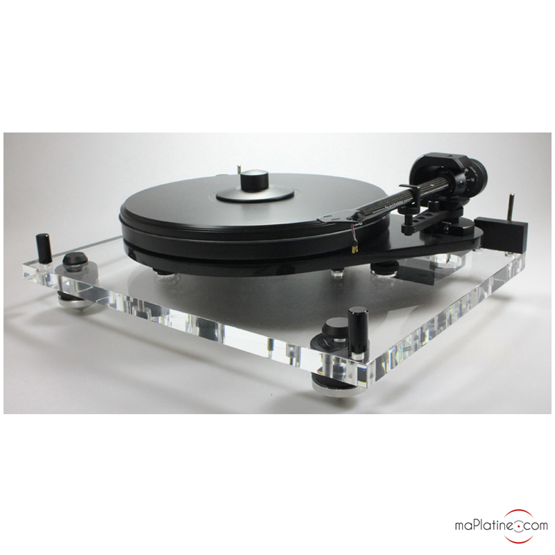 Pro-Ject 6-Perspex turntable