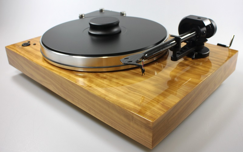 Pro-Ject X-Tension 9CC Evo turntable