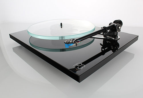 REGA Planar 3 manual turntable
