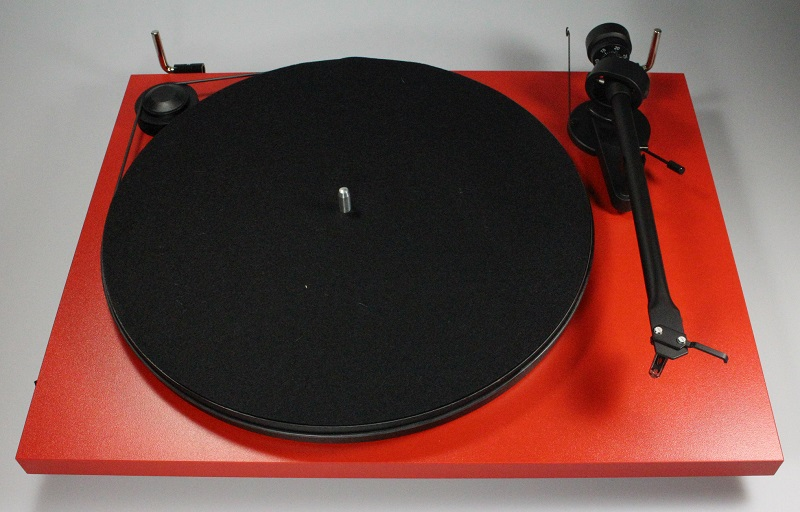 Pro-Ject Essential II USB turntable