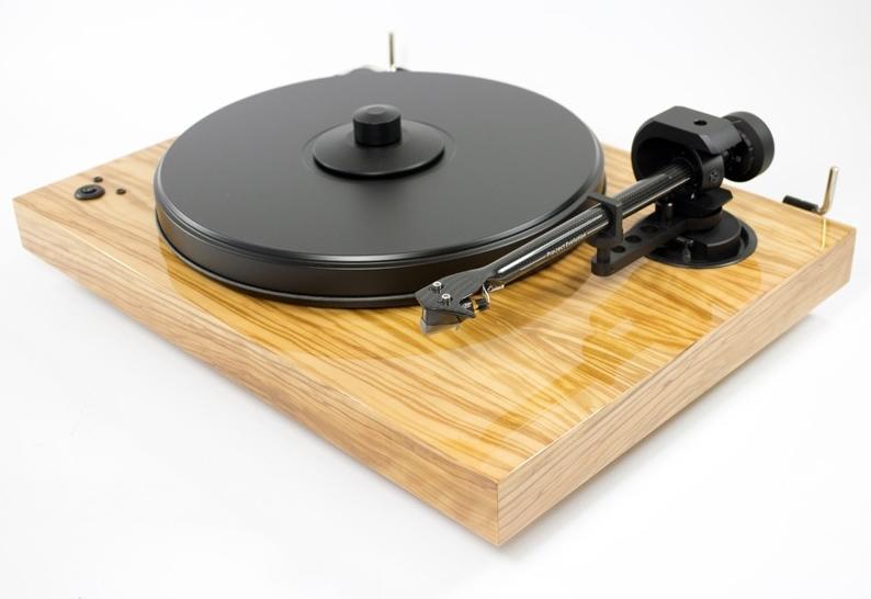 les nouvelles platines vinyles le blog. Black Bedroom Furniture Sets. Home Design Ideas